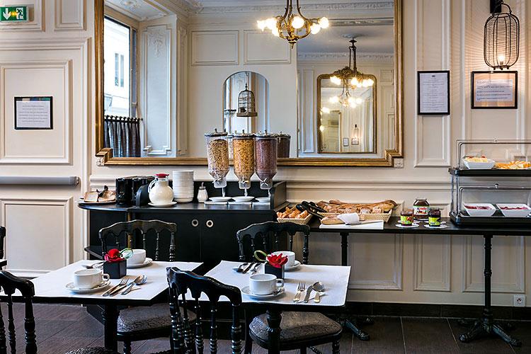 Le petit déjeuner dans une ambiance Bistrot parisien