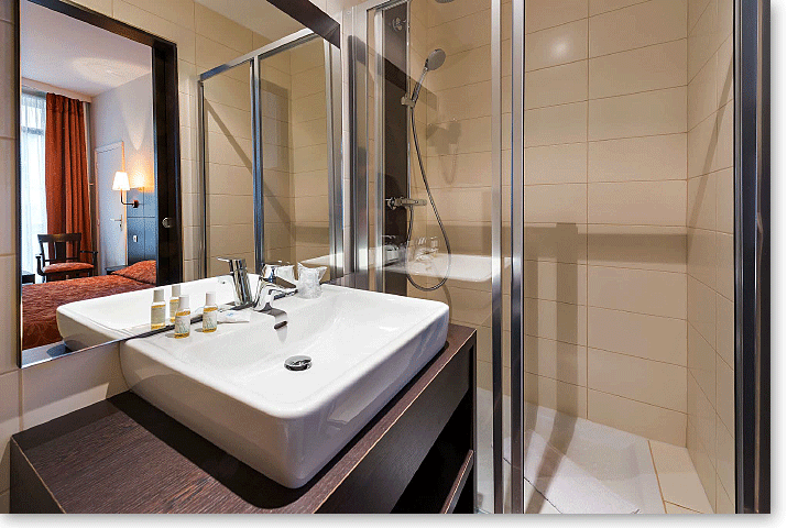 Salle de bain chambre Confort Hôtel Vivienne opéra Paris
